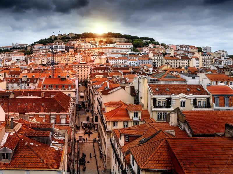 Lisbon, Portugal (image: Pixabay)