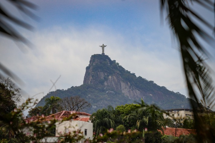 Christ the Redeemer at Rio De Janerio by Ken Treloar on Unsplash