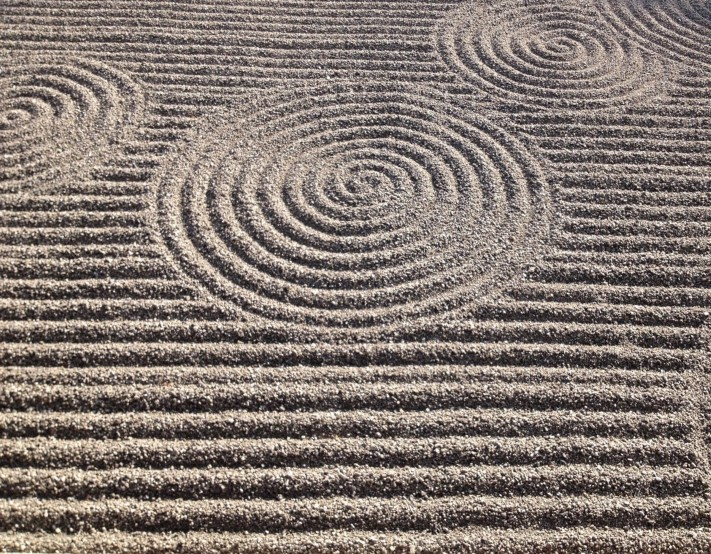 Sand patterns in the garden of Ryōan-ji temple-Kyoto, Japan. Photo: Gareth Johnson