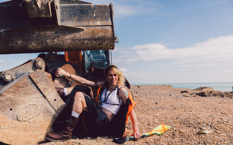 Emma Frankland. We Dig. Photo: Rosie Powell.